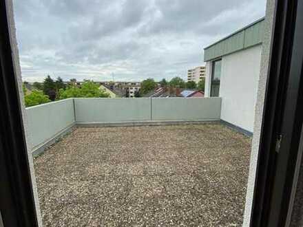 Attraktive 3,5-Zimmer-Penthouse-Terrassen-Wohnung in Mannheim - Käfertal