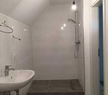 Erstbezug nach Sanierung: großzügige Wohnung mit Dachterrasse + Balkon im Zentrum v. Bad Neuenahr