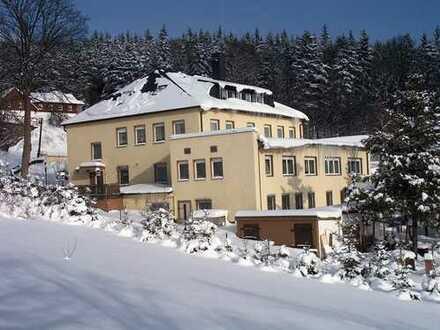 """Saniertes Hotel mit Gaststätte """"Gästehaus Kühberg"""""""