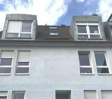 Schöne Dachgeschoß-Wohnung auf 2 Etagen