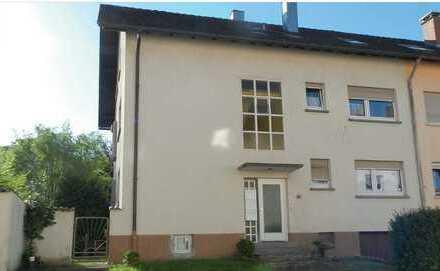 3-Zimmer-Wohnung mit Loggia und EBK in Gernsbach