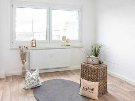 NEU 4-Raum-Wohnung mit 2 Bädern und Balkon