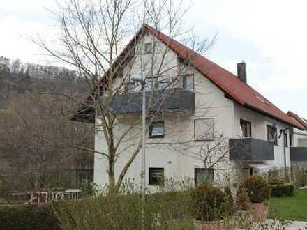 6 - Familienhaus mit Balkon in verkehrsgünstiger Lage