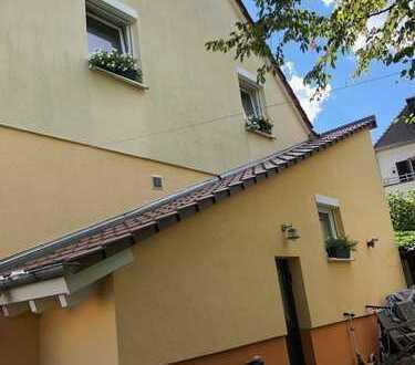 Suche Nachmieter für Haus 126m2 in Hambach 67434 Neustadt Warmmiete 1030 Euro
