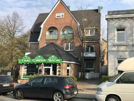 Courtagefrei: Wohn- und Geschäftshaus in der Wellingsbütteler Landstraße