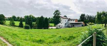 RARITÄT! Seltenes Traditionsgebäude mit großem Grundstück zu erwerben in Lothe