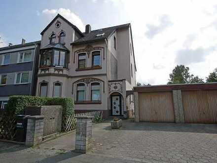 Dreifamilienhaus mit Charme in Altenbochum
