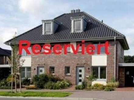 Exklusive Doppelhaushälfte auf 3 Ebenen sucht nette Mieter zum 01.09.2020