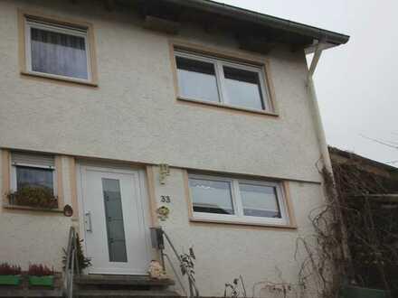 Gemütliches Reihenendhaus in Neuhausen ob Eck