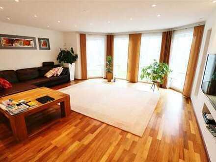 F&D | 7-Zimmer-Wohnung mit Gartennutzung