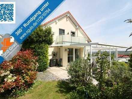 Einfamilienhaus mit ELW in begehrter Wohnlage mit modernem Raumangebot und viel Komfort!