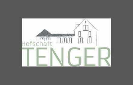 In Hofschaft: Individuelle Wohnung mit Neubau Standard - Unikate Lage im Grünen und doch zentral