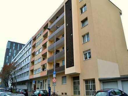 Vermietete 3 Zimmer-Etagenwohnung mit Balkon zur Kapitalanlage im Zentrum von Mannheim