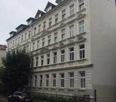 geräumige Dreiraumwohnung in Plagwitz zu vermieten