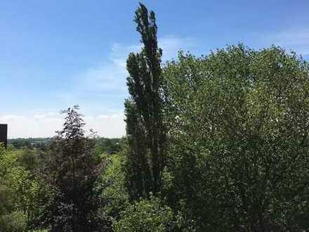 In luftiger Höhe - 2 Zimmer Wohnung mit Balkon - sofort verfügbar !!!