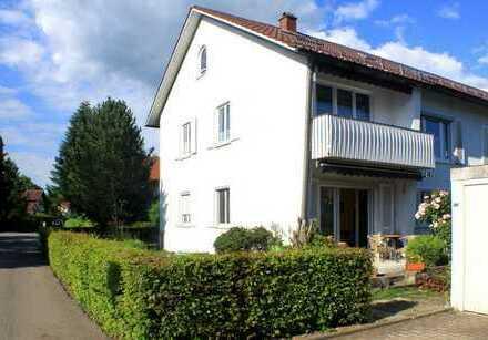 Erdgeschoss Wohnung mit Terrasse und Gartenanteil