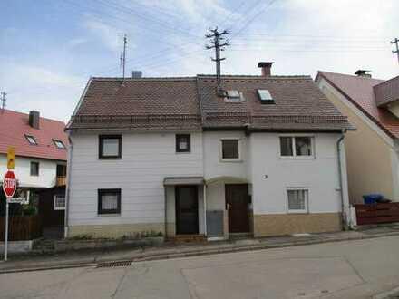 2 ältere Haushälften in Nördlingen-Holheim