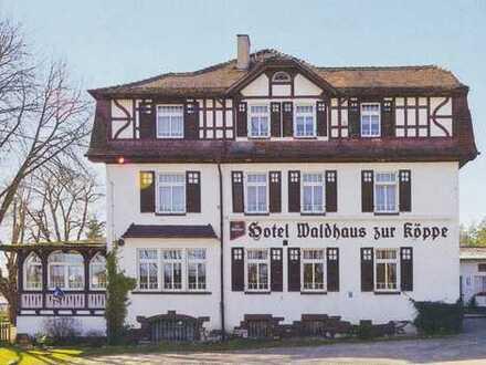 """Waldhotel """"Zur Köppe"""" Bad Klosterlausnitz 14 Gästezimmer, 1 Restaurant, 1 Kaminzimmer, 1 Tanzsaal"""