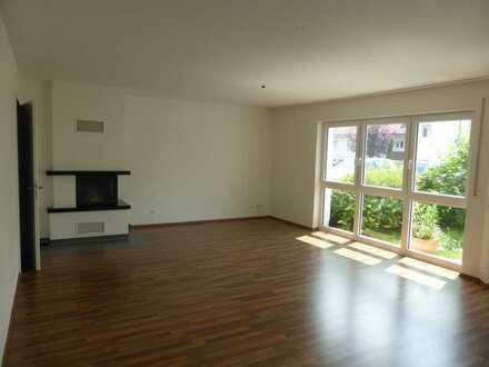 Helle 3 Zimmer Erdgeschoss- Wohnung in ruhigem Wohngebiet in Idstein zu vermieten