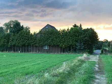 Familienfreundliches, für Pferdeliebhaber geeignetes Einfamilienhaus mit großzügigem Grundstück