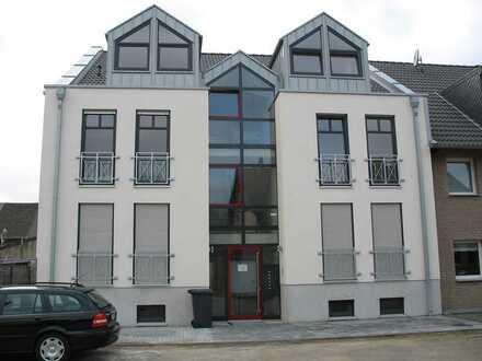 Gepflegte 2-Raum-Wohnung mit Balkon in Köln-Merkenich