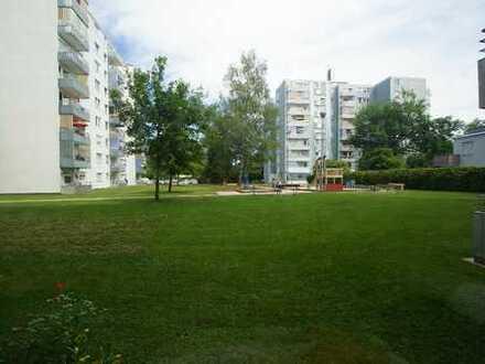 Schicke 2 Zimmerwohnung im 1 OG mit Balkon - Neuburg - Ihr Immobilienmakler vor Ort SOWA Immobili...