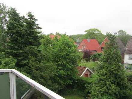 2 ZKB mit Balkon und Stellplatz in Zentraler Lage zu vermieten