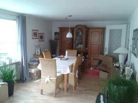Preiswerte, vollständig renovierte 3-Zimmerwohnung in Burbach-Niederdresselndorf