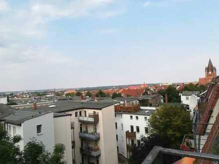 Über den Dächern v. Paulusviertel: Super 4-Zimmer Dachgeschosswohnung-mit Loggia, Lift, Stellplatz