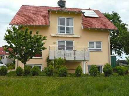 Freundliche 4-Zimmer-DG-Wohnung mit Balkon und EBK in Oberjettingen