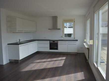 Zum Verkauf: lichtdurchflutete und großzügige 3 Zimmer-Wohnung mit großer Terrasse in Sölden!