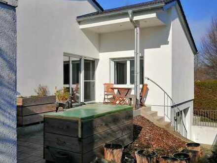 Schönes Einfamilienhaus in ruhiger Lage Aichach
