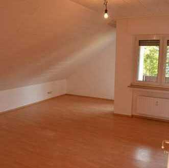 Schöne geräumige Wohnung in Borgentreich (Kreis Höxter) zu vermieten