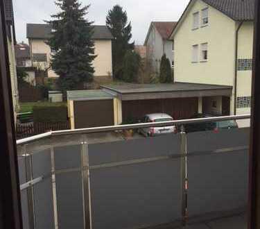 Helle 1-Zimmerwohnung mit Balkon