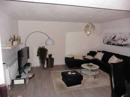 Modern gestaltete und nahezu neuwertige Wohnung im Erdgeschoss