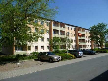 Bezugsfertige sanierte 4-Zimmer-Wohnung in Saalfeld - mit Balkon