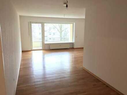 Schöne drei Zimmer Wohnung in Hannover, Stöcken