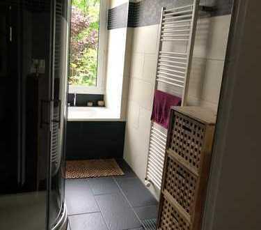 Bonn-Endenich - neu renoviertes möbliertes ruhiges Zimmer, Alleinnutzung von Bad und Küche