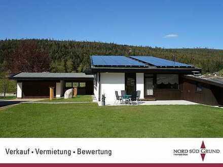 Freistehendes Einfamilienhaus mit Einliegerwohnung und zusätzlichem Bauplatz auf 1.335 m² Grundstück