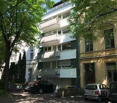 helle 2-Zimmerwohnung in zentraler Lage Bonns   WG-geeignet