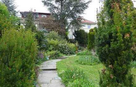 Schöne, geräumige 3,5 Zimmer Wohnung in Pforzheim,Eutingen,idyllische Hanglage in 3 Familienhaus
