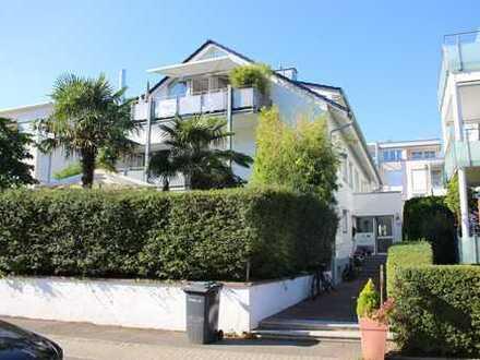 Exklusive 4-Zimmer-EG-Wohnung mit Balkon und Einbauküche in Konstanz