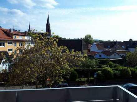 Vollständig renovierte 4-Zimmer-Wohnung mit Südbalkon in Kuppenheim