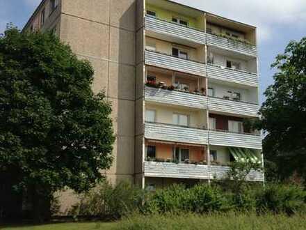 2 Raum Whg. direkt am HEP, Terrasse, EG mit Jalousie