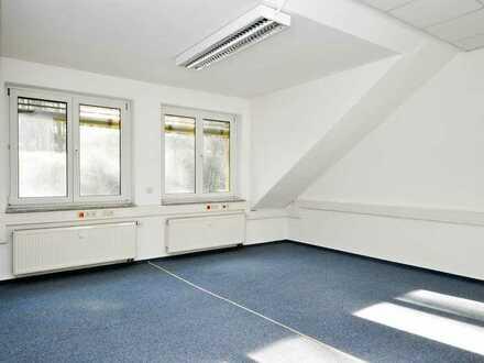 Großzügige Büroeinheit in guter Lage von Schwarzenberg zu vermieten!