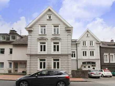 Praktisches Paket: 3 Wohneinheiten eines Fachwerkhauses in Altstadtlage von Velbert-Langenberg