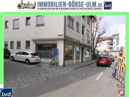 Eckladen in der Ulmer Altstadt - direkt zwischen Fischerviertelparkhaus und dem ADAC.