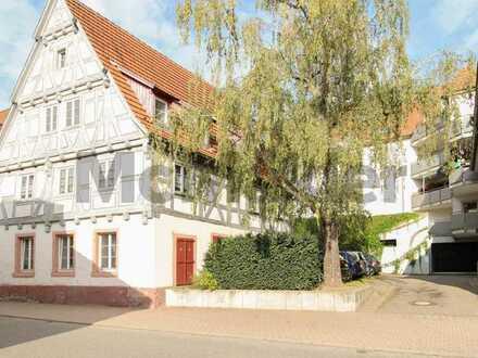 Sofort einziehen: Charmantes 1-Zi.-Apartment inkl. Küche, Duplexstellplatz und Keller