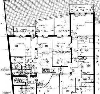 Immobilie nuztbar als Praxis / Büro / Altengerechte WE in Offenburg Innenstadt zu verkaufen