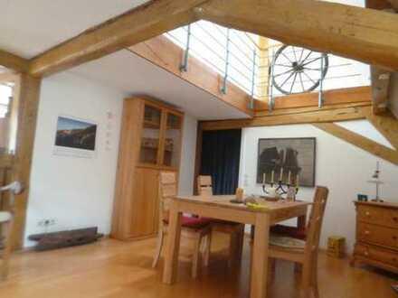 Stadt Maisontte 5 Zi.Wohnung..m.Dachterrasse,indiv.liebevoll renoviert,zentral